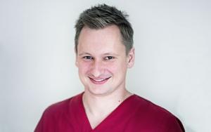 Dr. Michael Neuß